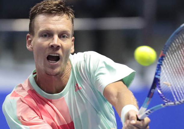 Berdych Beats Gasquet, Wins Second Straight Shenzhen Title