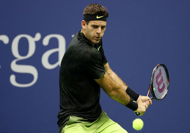 Del Potro Knocks off Johnson in Straights