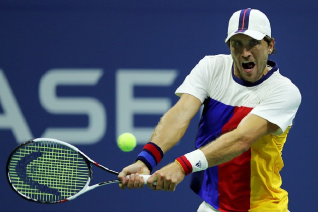 Zverev Dissects Isner, Into US Open Fourth Round