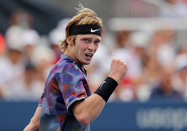 Rublev Knocks off No.7-seeded Dimitrov