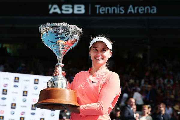 Lauren Davis Wins Maiden WTA Title in Auckland