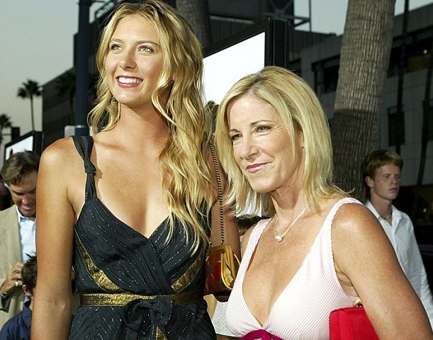 Maria Sharapova, Chris Evert