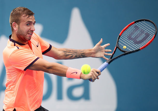 Evans Upsets Thiem for First Top 10 Scalp