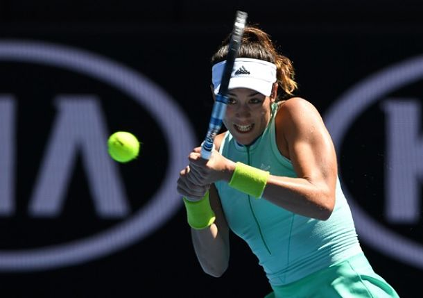 Muguruza overcomes nerves, thigh strain to win opener