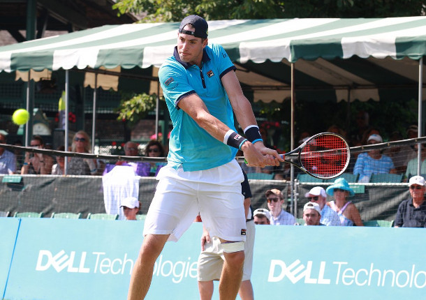 Isner Powers Into Newport Semifinals