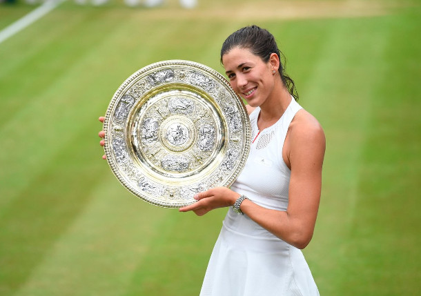 Muguruza Blasts Williams to Win Wimbledon