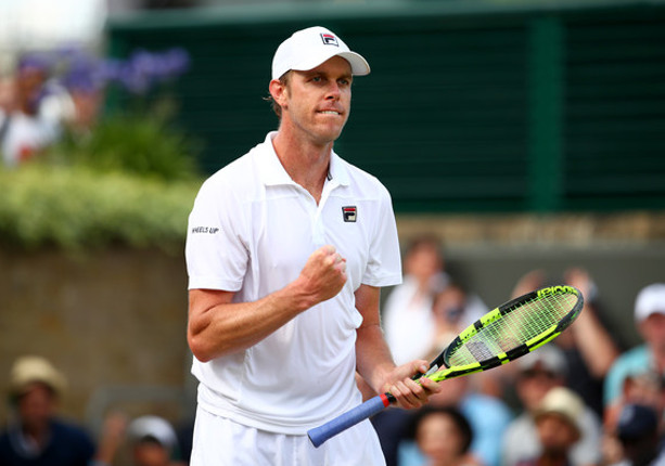 Querrey Overpowers No. 1 Murray at Wimbledon