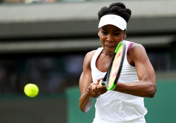 Venus Rallies Into Third-Round Clash Vs. Osaka