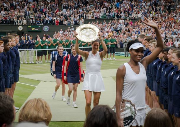 Top Tweets from Garbine Muguruza's Wimbledon Final Victory