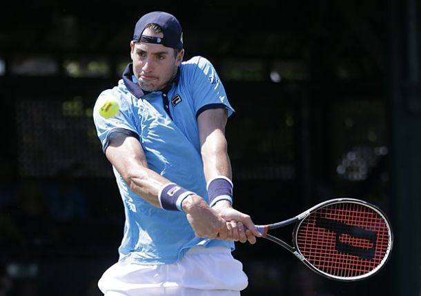 Isner Wins Third Newport Title