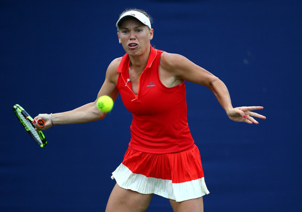 Wozniacki Rallies Past Halep Into Eastbourne Semifinals