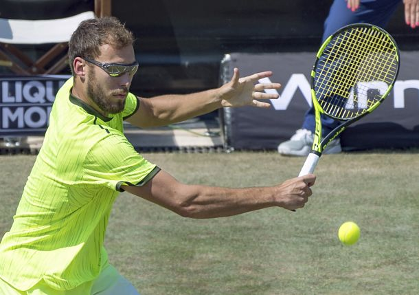 Janowicz Knocks off Dimitrov in Stuttgart