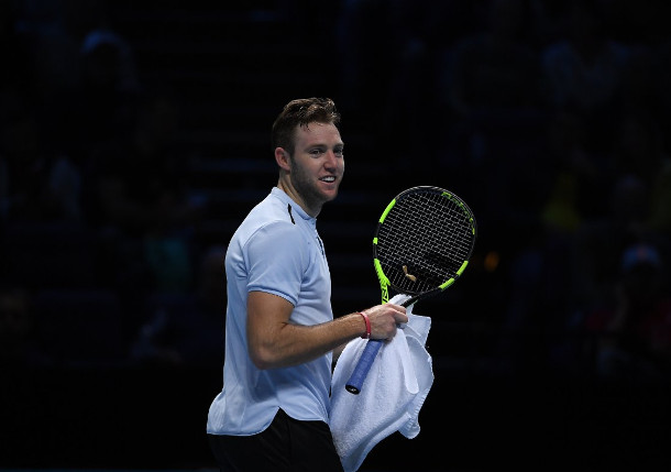 Sock Squeezes Past Cilic in London Thriller