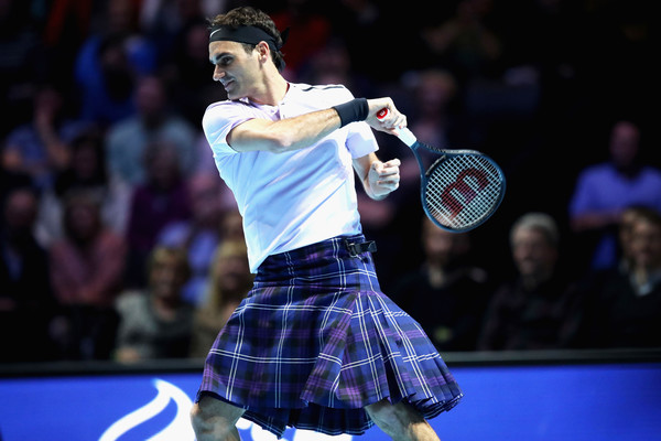 Roger McFederer defeats Andy Murray for Charity in Glasgow