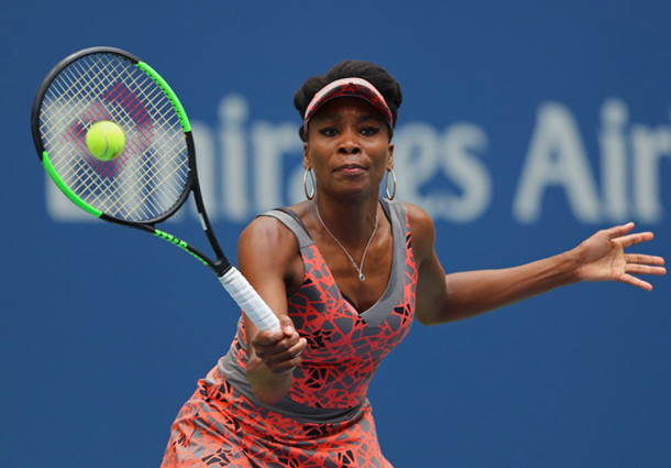 Venus Marches Into US Open Quarterfinals