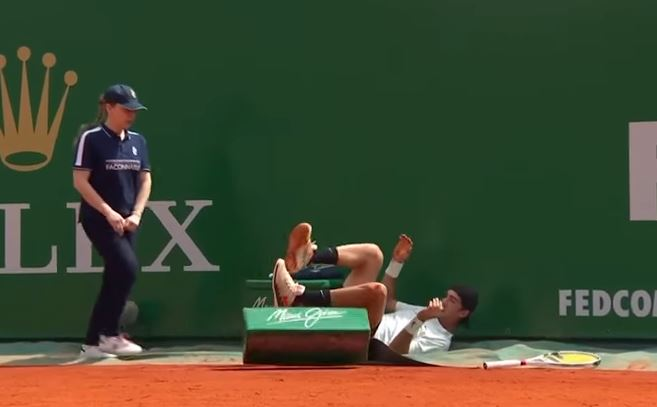 Kokkinakis on Crutches After Monte-Carlo Mishap