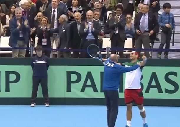 Watch: Elated Italians Celebrate with Fognini after Epic Weekend Warrior Run