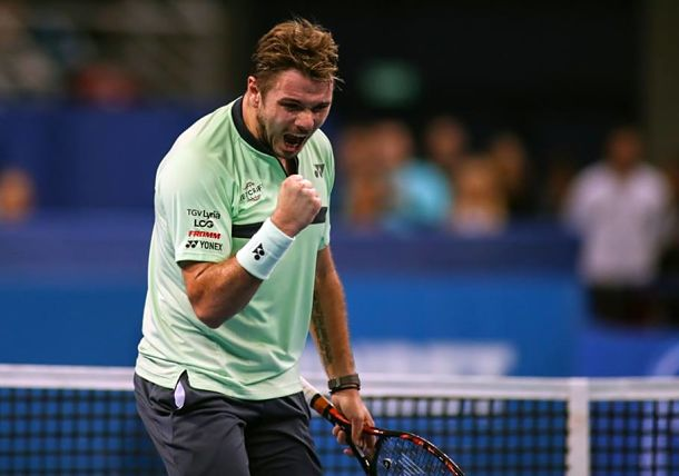 Wawrinka Struggles, then Retires in Marseille