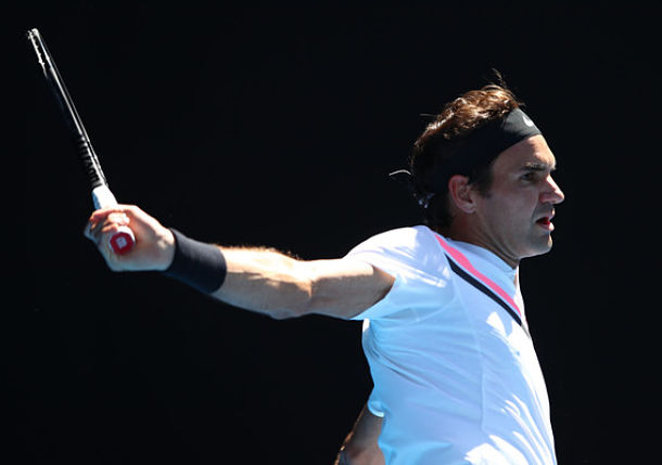 Federer Sets Quarterfinal Clash with Berdych