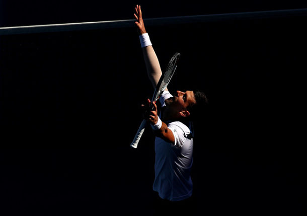 Djokovic Notches a Convincing Win in Aussie Open Return
