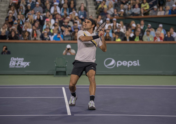 Federer Completes the Victory over Delbonis