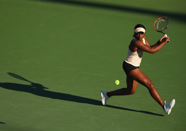 Stephens Sweeps Muguruza, Into Miami Quarterfinals
