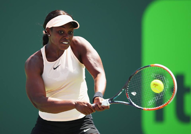 Stephens Storms Into Miami Final