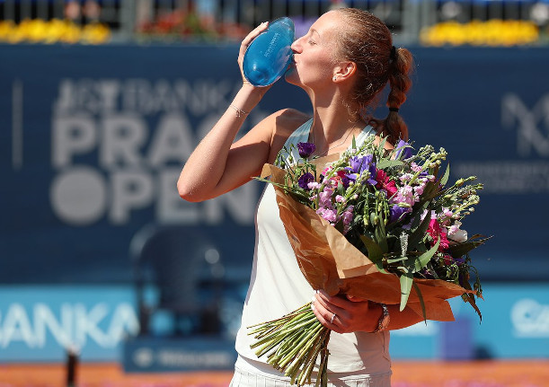 Homestyle: Kvitova Rallies To Third Title of Year in Prague