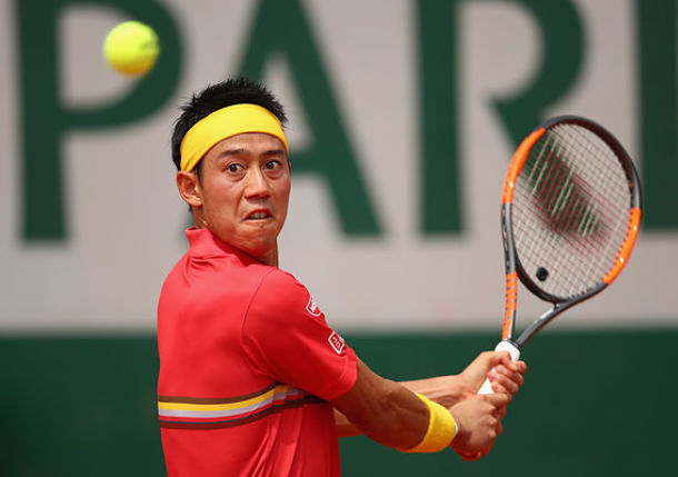 Nishikori, Dimitrov Ease into Round Two in Paris