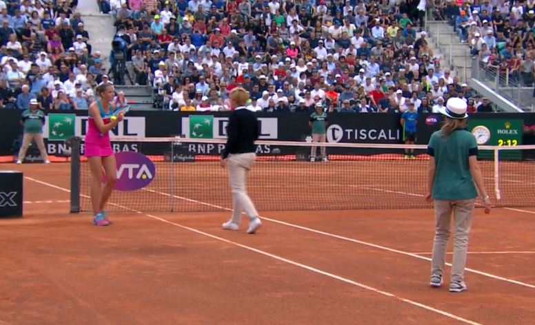 After Controversial Bad Call, Pliskova Takes out Frustration on Umpire's Chair in Rome