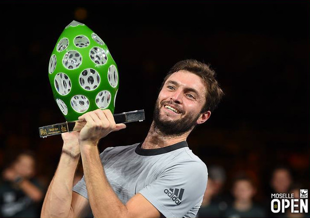 Simon Sweeps Third Metz Title