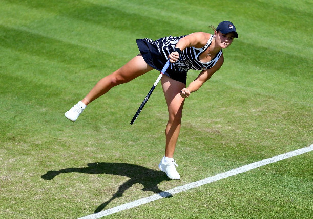 Streaking Barty Beats Venus, Closes In on World No. 1