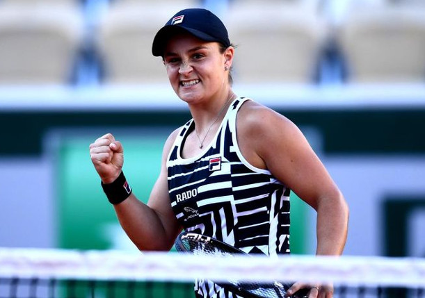 Barty Beats Vekic in Birmingham Opener