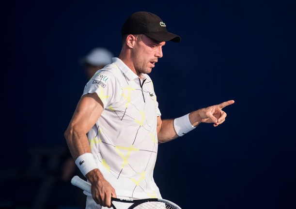 Bautista Agut Advances, Monfils Bows in Zhuhai