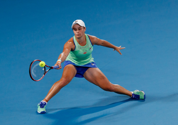 Home Favorite Ash Barty Rolls into Quarterfinals at Aussie Open
