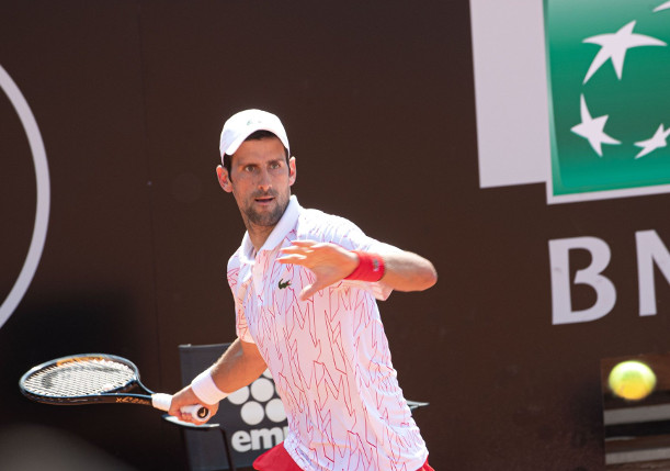 Djokovic Drives Into 14th Straight Rome Quarterfinal