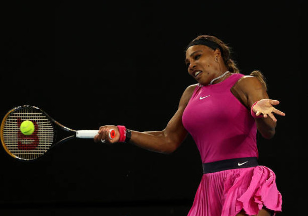 Serena Pulls out Aussie Open Tune Up; Muguruza Sweeps Kenin