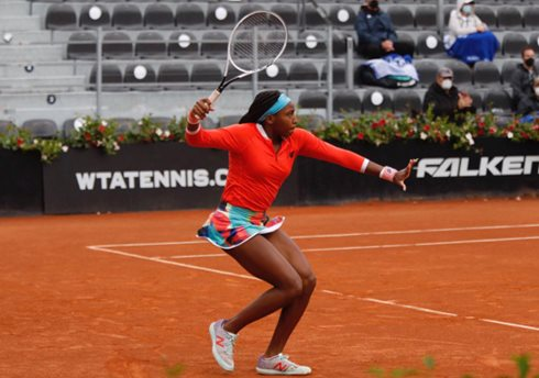 Barty Retirement Sends Gauff Into First Rome Semifinal