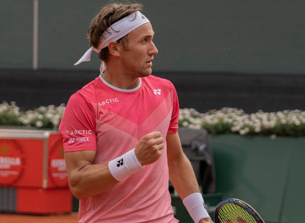 Ruud Rolls, Plays for First RG Fourth-Round