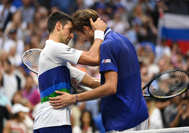 Djokovic's Consolation: Emotions as Strong as Winning 21 Grand Slams from the NY Crowd