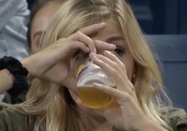 Watch: Fan Sets Cold Gold Standard at US Open