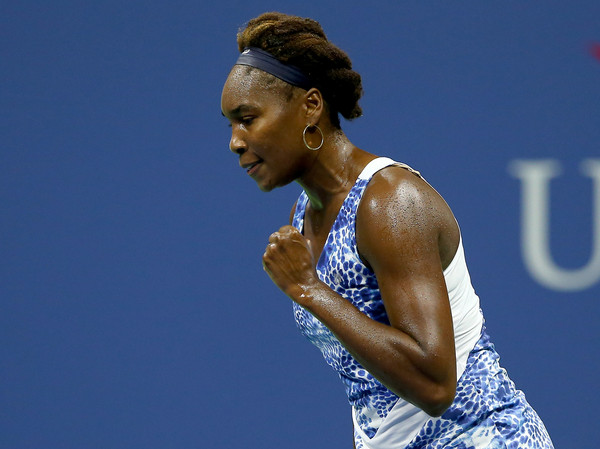 Venus Fights Off Falconi in US Open Second Round
