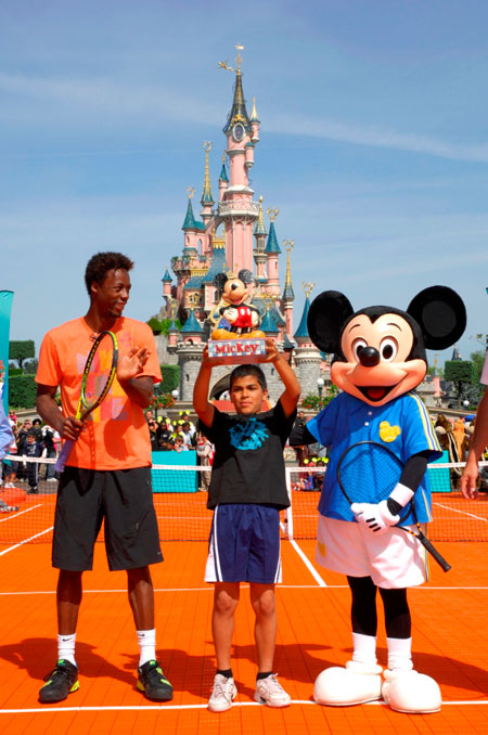 gael monfils at disney land