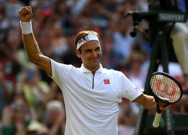Roger Federer Becomes First Tennis Player to Top Forbes List
