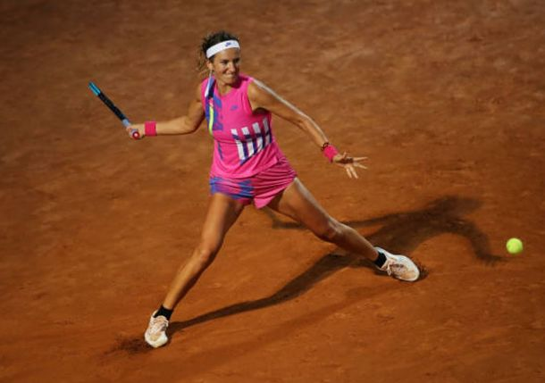 Love the Red Stuff: Azarenka Embracing the Clay in Paris